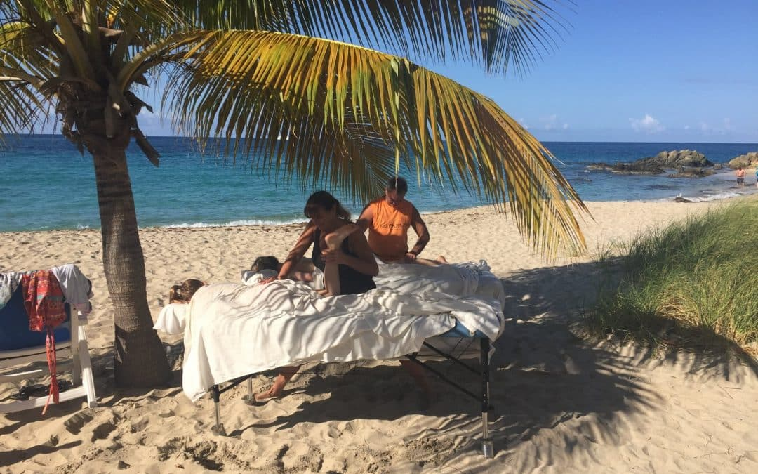 5 Reasons Why You Should Absolutely Get a Massage on the Beach